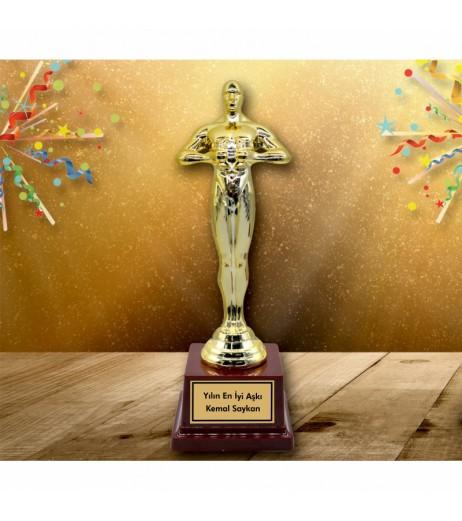 Yılın En İyi Aşkı Oscar Heykeli